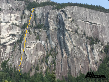 Squamish Multi Pitch Climbing - Sunset Strip line