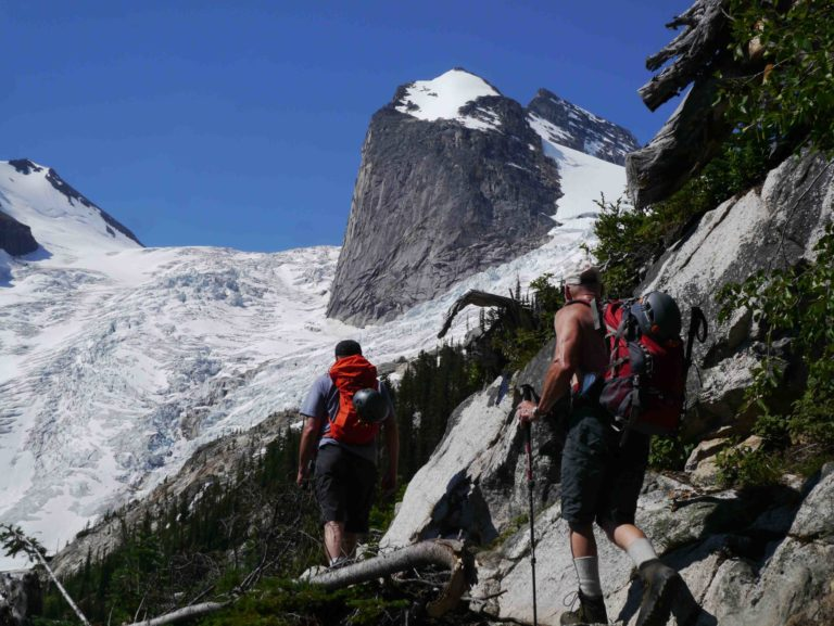 Bugaboos Hike in on hot day