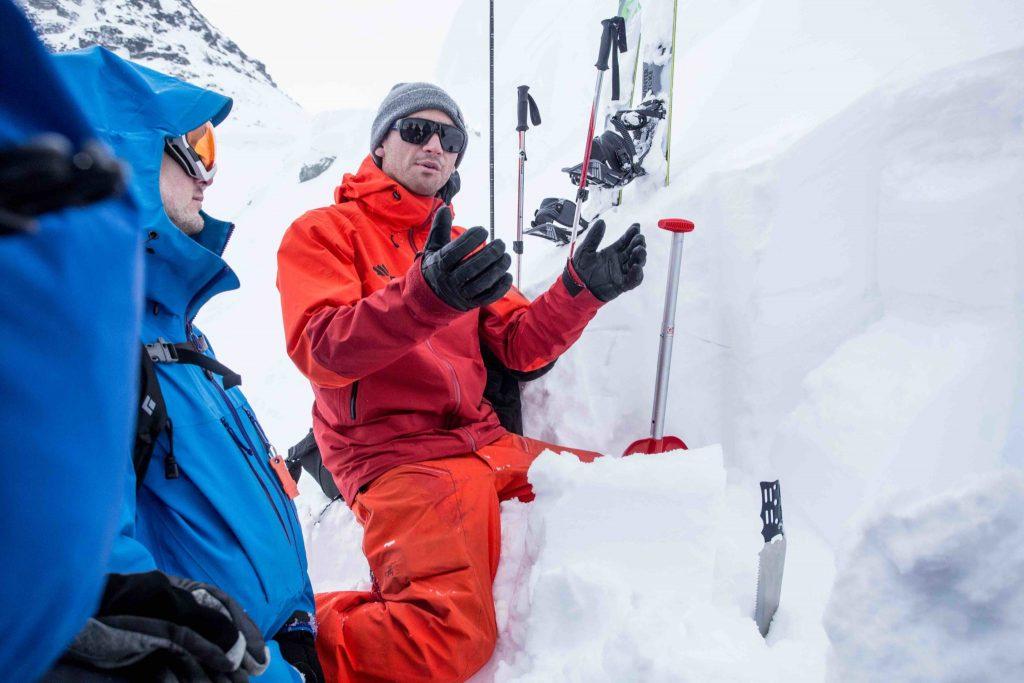 avalanche-skills-training-level-1