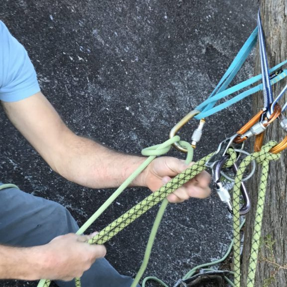 Online climbing course - Rock Rescue